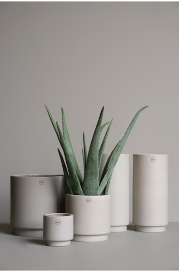 Solid high - mole