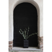 Coxa Vase Small - black